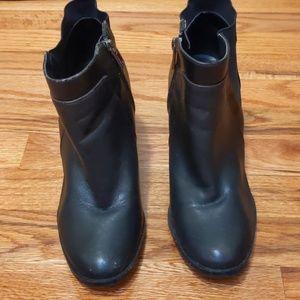 Pre-loved Calvin Klein black boots